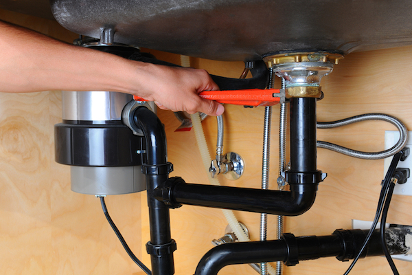 Garbage disposal troubleshooting and repair