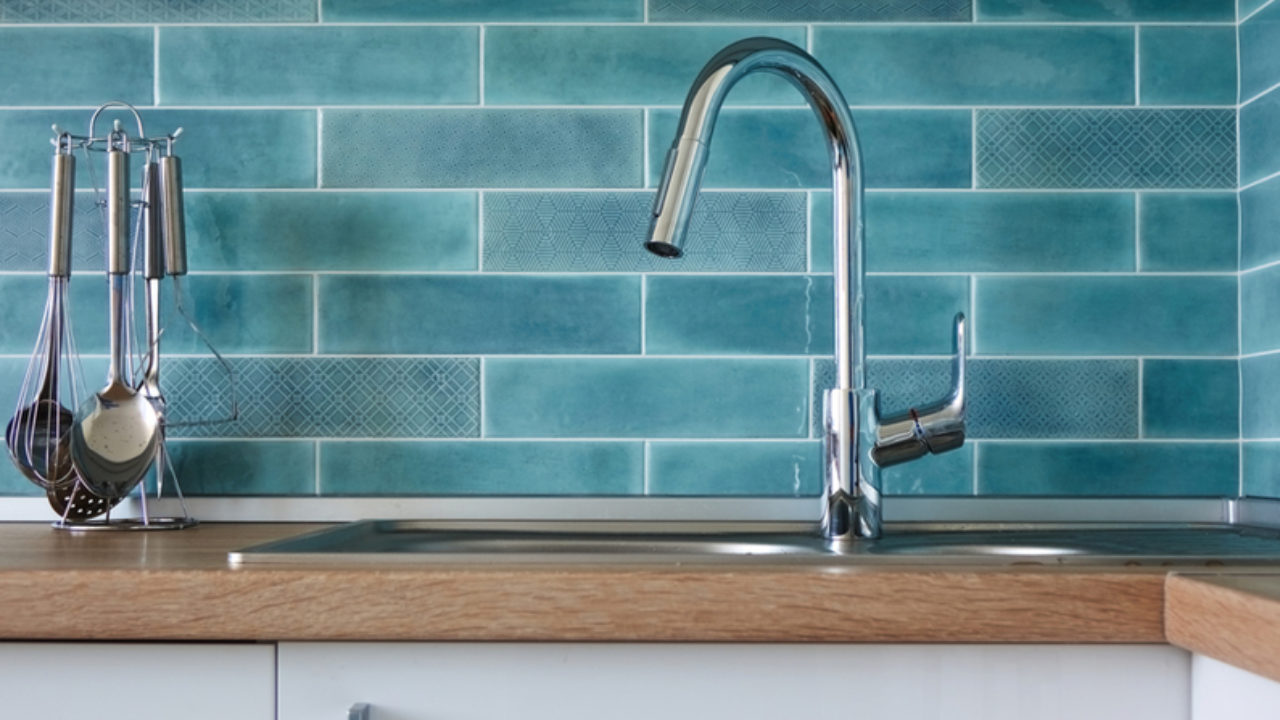 4 Signs You Need to Replace Your Kitchen Faucet   Ben ...
